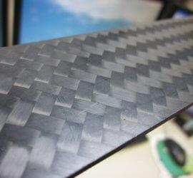 ヒロセ金型 CFRPプレート