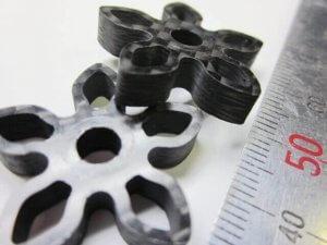 ヒロセ金型 CFRP花形に切削